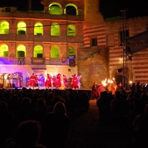 Świadomość światła jak i jego znaczenie w teatrze i na estradzie