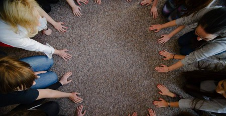 Uczestnicy podczas warsztatów | źródło zdjęcia: Fundacja 5Medium